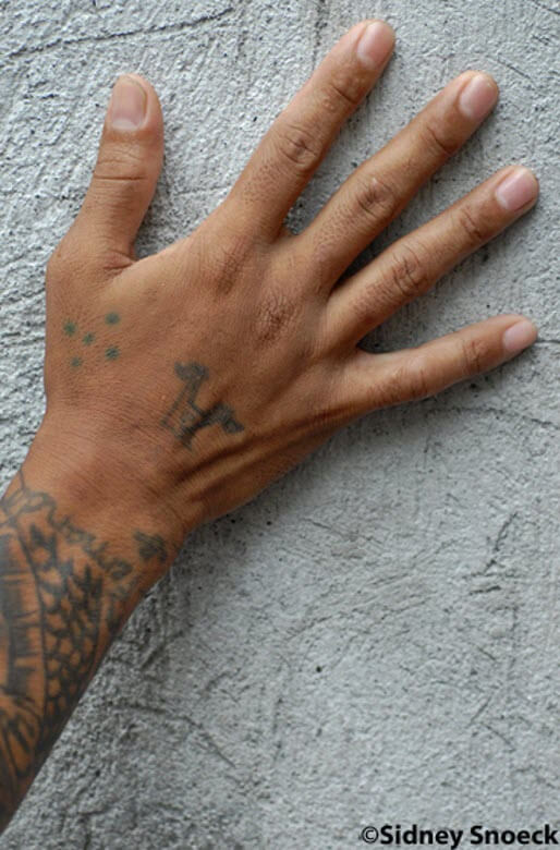 Пять точек на запястье - Уголовная татуировка