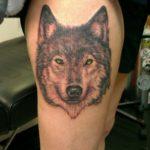 Значение тату волк на ноге